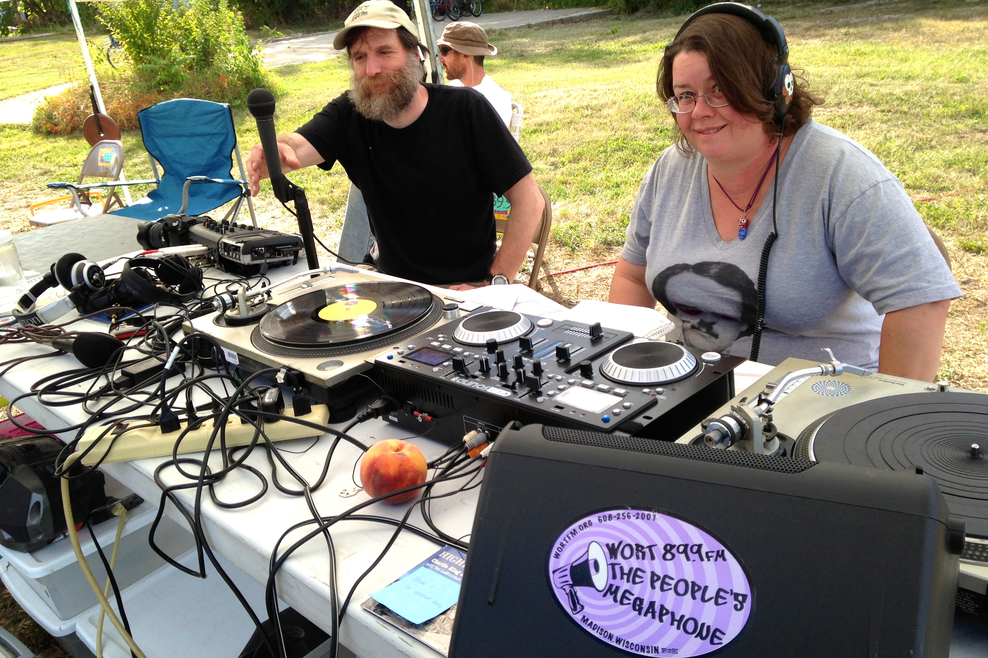 Bad Dj Set Worts First Solar Powered Broadcast Wisconsin Citizens