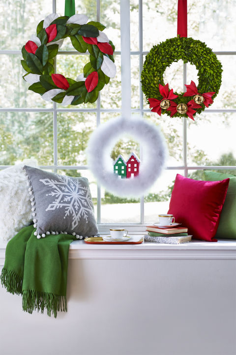 40+ DIY Christmas Wreath Ideas - How To Make a Homemade Holiday - christmas wreath decorations