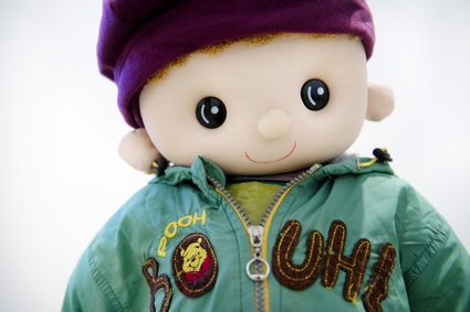 0YULU WU_Remote Controlled Cart with Clothing_detail.jpg