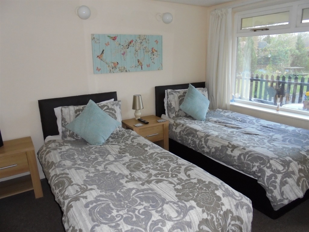 Bed And Breakfast Sudbury Suffolk We Accept Pets Pet Friendly Hotels B Bs Self Catering