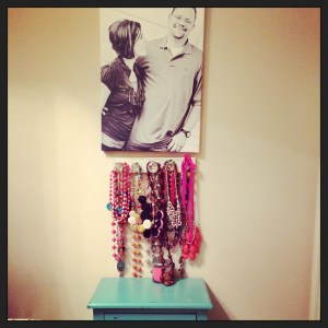 WFMW: Funky and Fun Necklace Holder