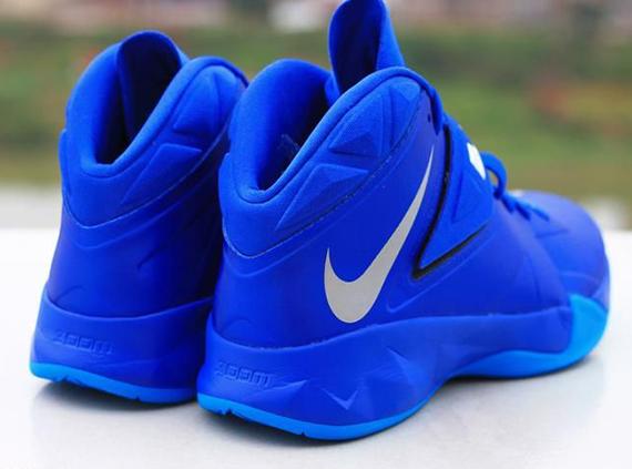 Nike-Zoom-Soldier-7-(VII)-Game-Royal-Blue-Glow-7