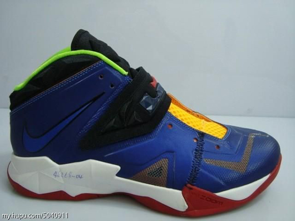 Nike-Zoom-Soldier-VII-(7)-Wear-Test-Sample-Detailed-Look-7