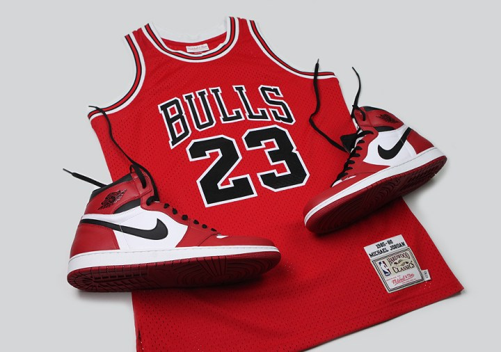 Mitchell & Ness is Releasing the Jersey Jordan Wore During his 63 Point Explosion-4