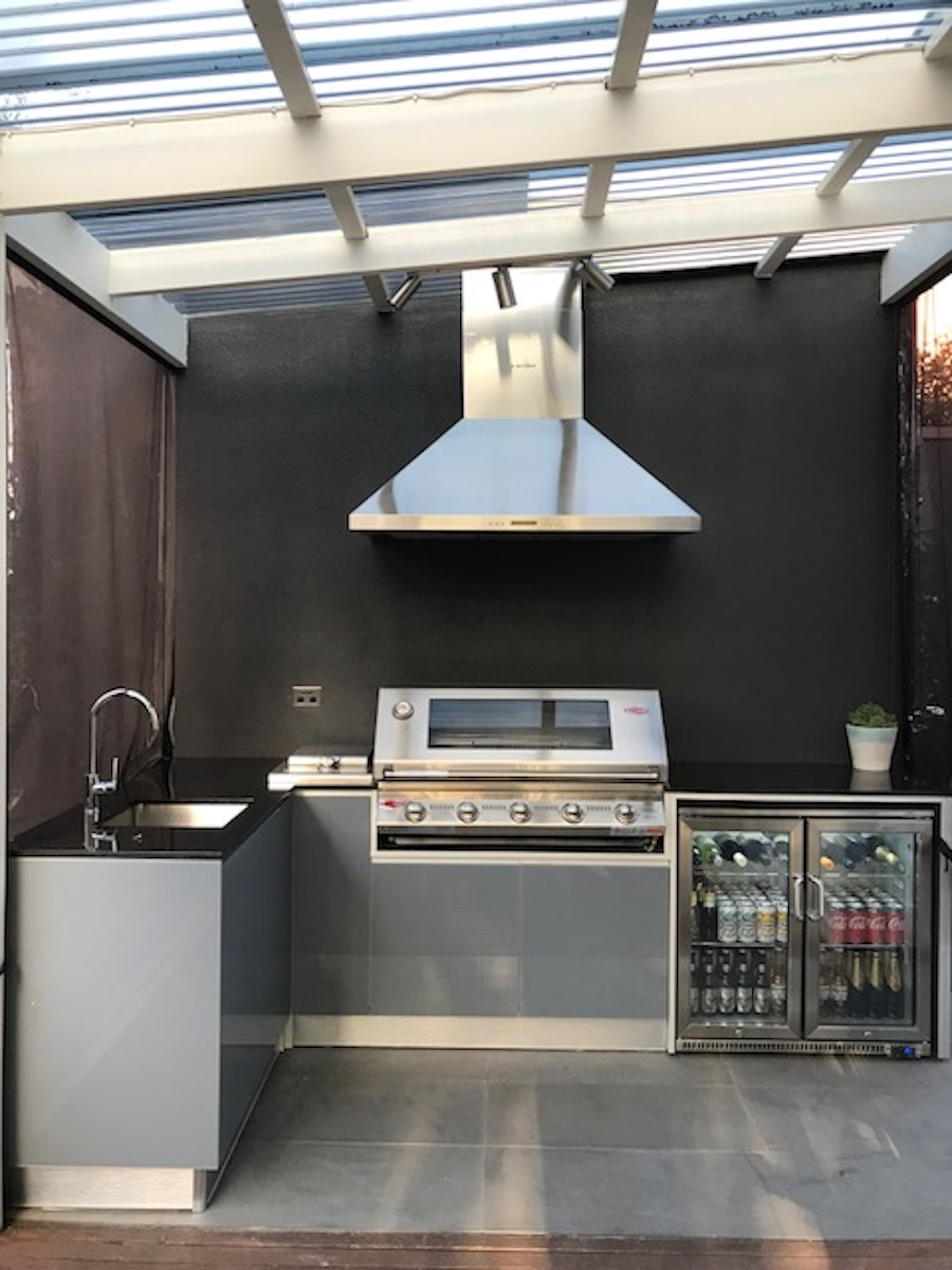 Flat Pack Outdoor Kitchen Buy Outdoor Kitchens And Cabinets Beefeater Bbqs And More