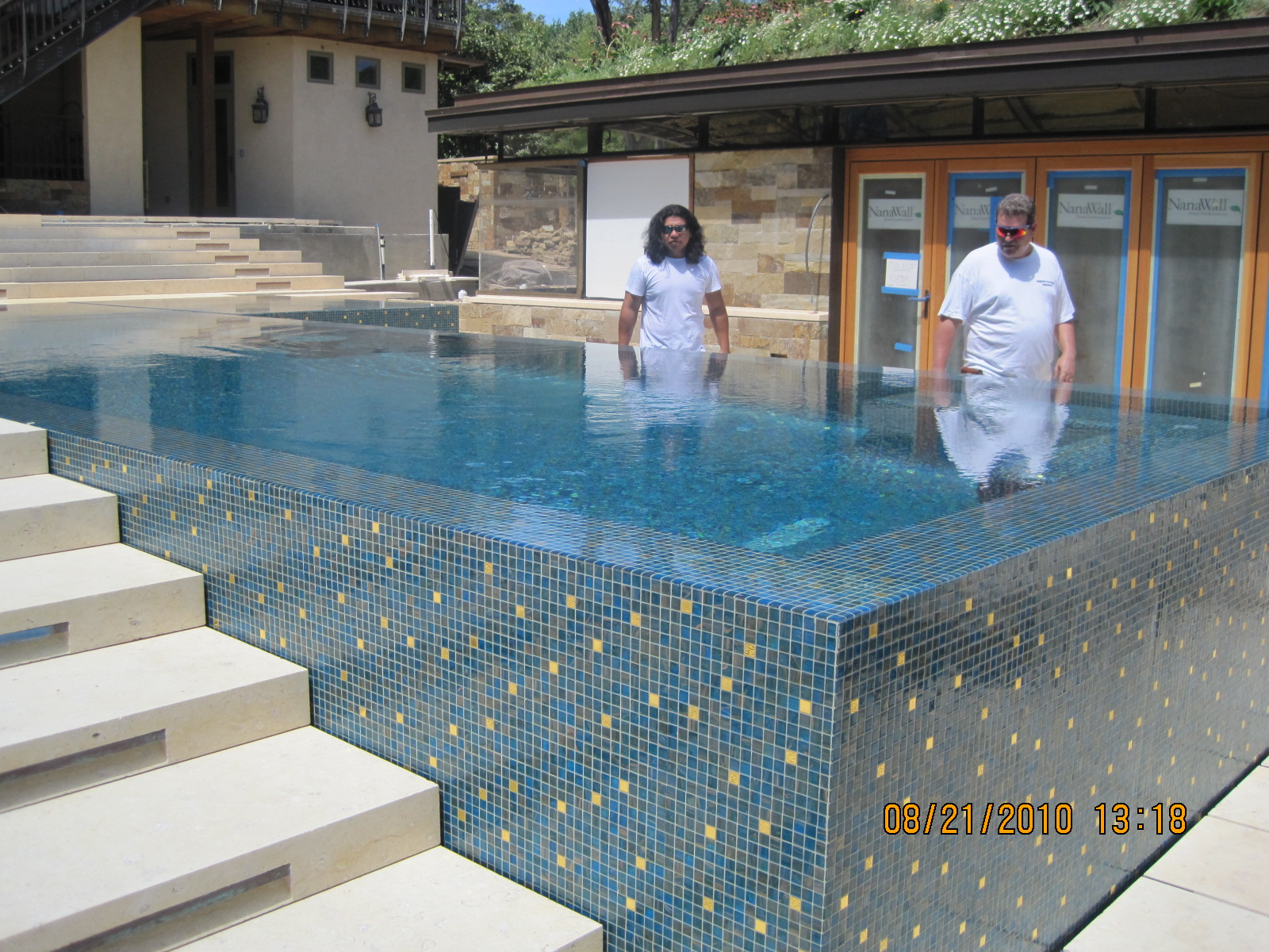 Glaspool Austin Texas Bisazza Glass Pool Weaver Tile Grout S Blog