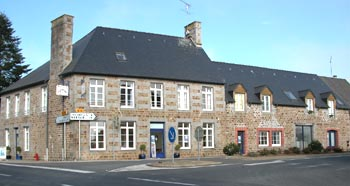 carrefour des arts-nroamndie-terre-des-arts-expositions-La Chapelle-Urée-Manche-Normandie