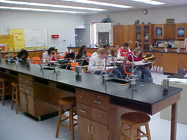 Virtual Tour / Chemistry Lab