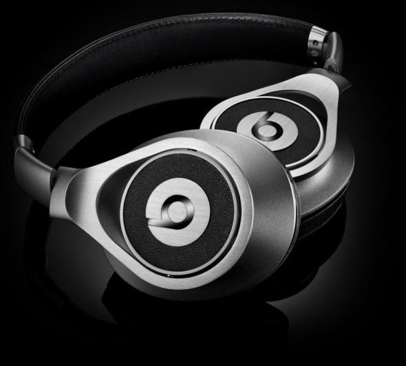 beats executive 21 590x533 Beats Executive, los auriculares mas elegantes de Dr. Dre