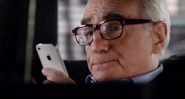 Comercial Siri martin Scorsese 590x316 Apple presenta un nuevo anuncio de Siri con Martin Scorsese como protagonista