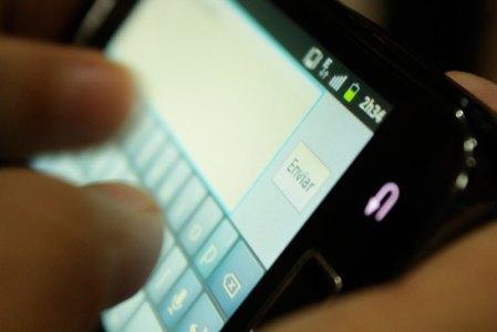 Descubren cómo detectar mentiras en SMS o WhatsApp