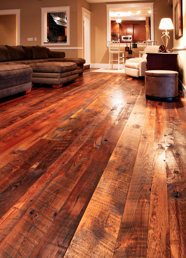 barn wood flooring…oooh, I love this floor!