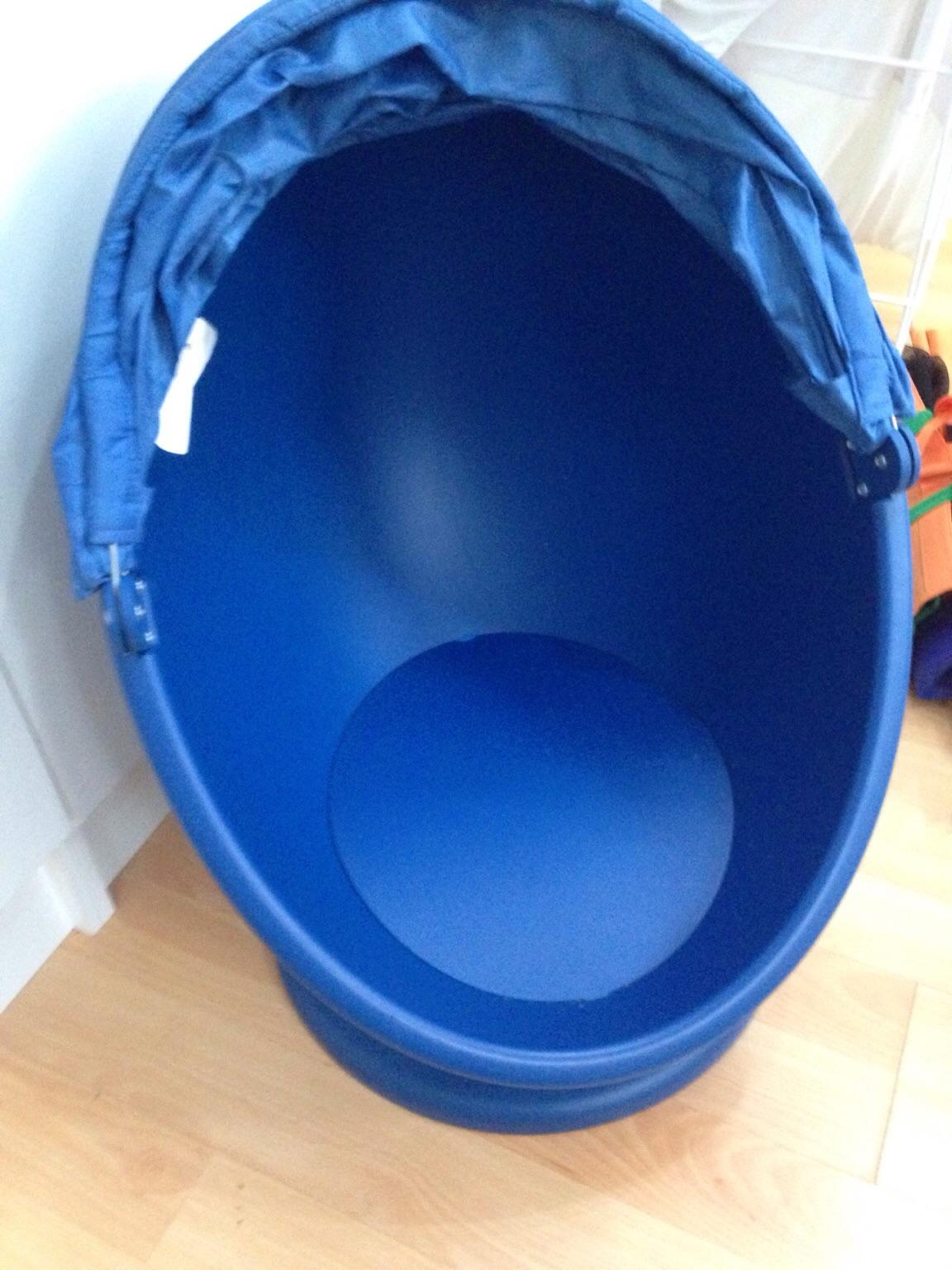Blue IKEA egg chair in GU46 Yateley for £10.00 for sale ...