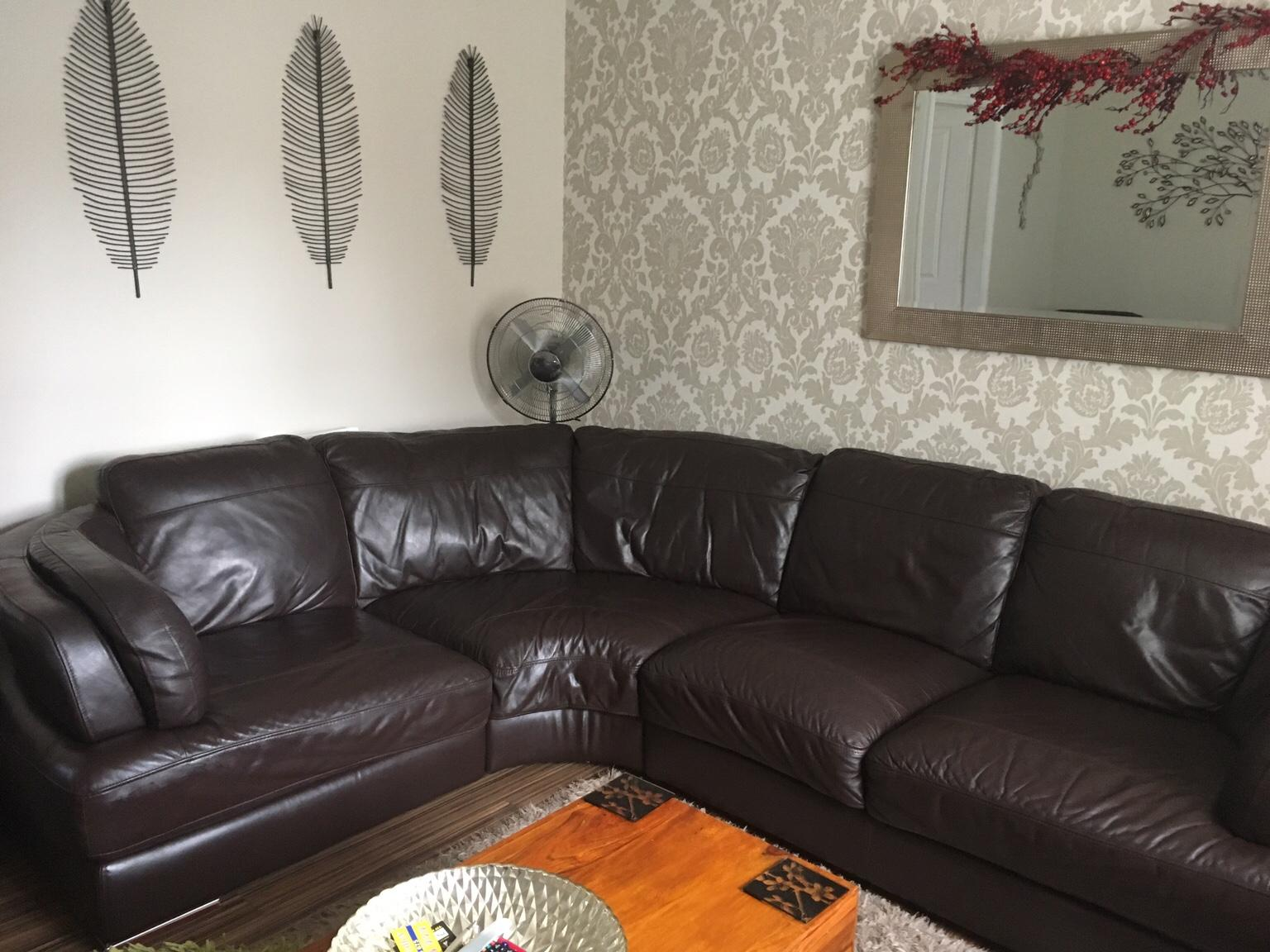 Corner Sofa And Cuddle Chair For Sale In Ts5 Middlesbrough For 495 00 For Sale Shpock