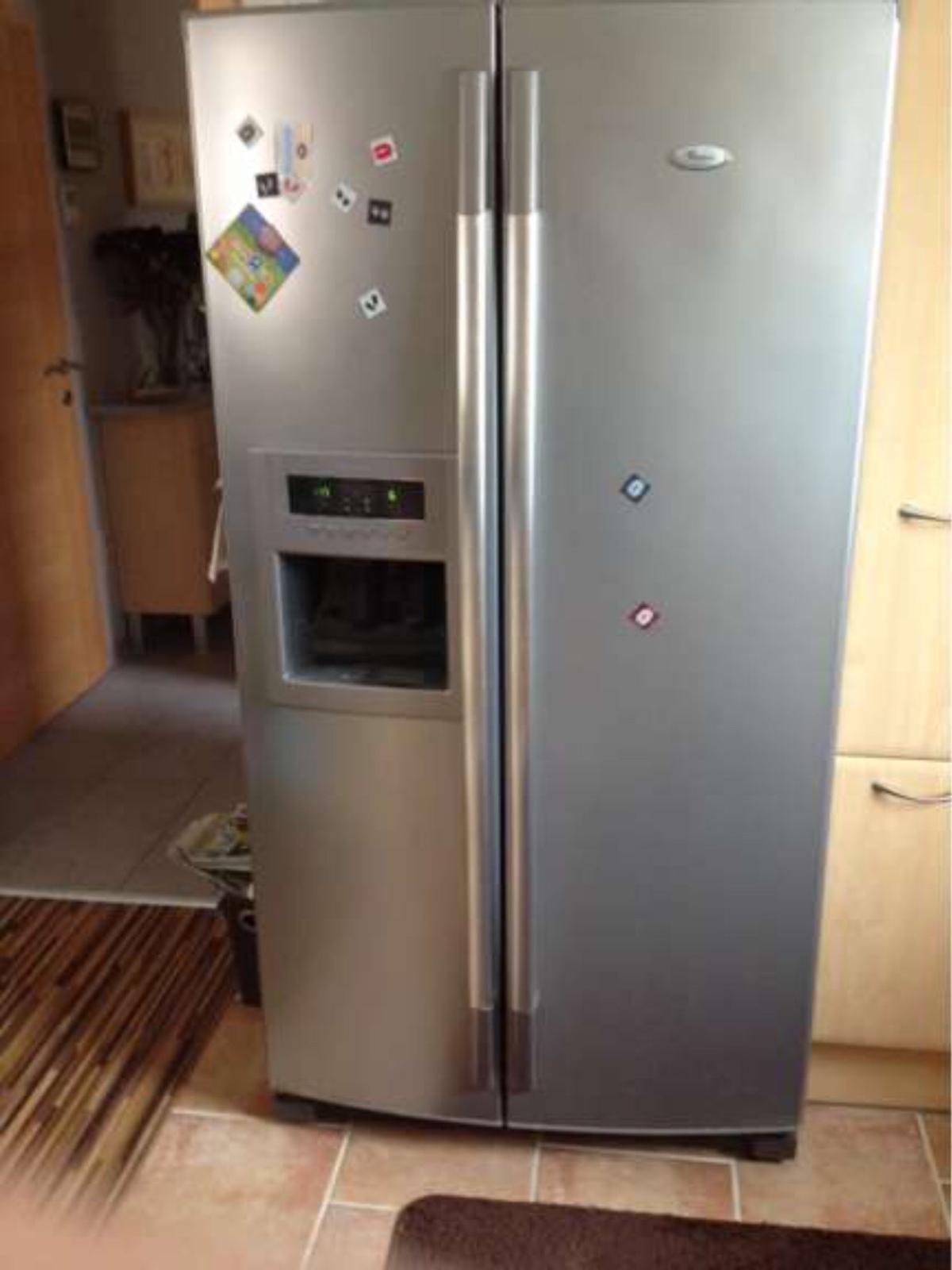 Whirlpool Side By Side Kühl Gefrierschrank In 1220 Wien For 360 00 For Sale Shpock