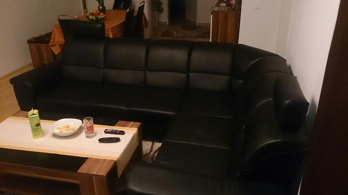 Alte Ledercouch Eck Ledercouch In 6060 Hall In Tirol For €150.00 For Sale | Shpock