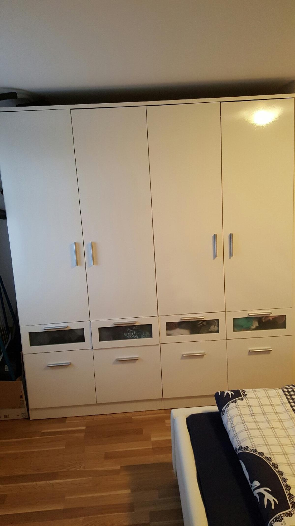 Kleiderschrank Los Angeles Momäx In 6850 Dornbirn For 220 00 For Sale Shpock