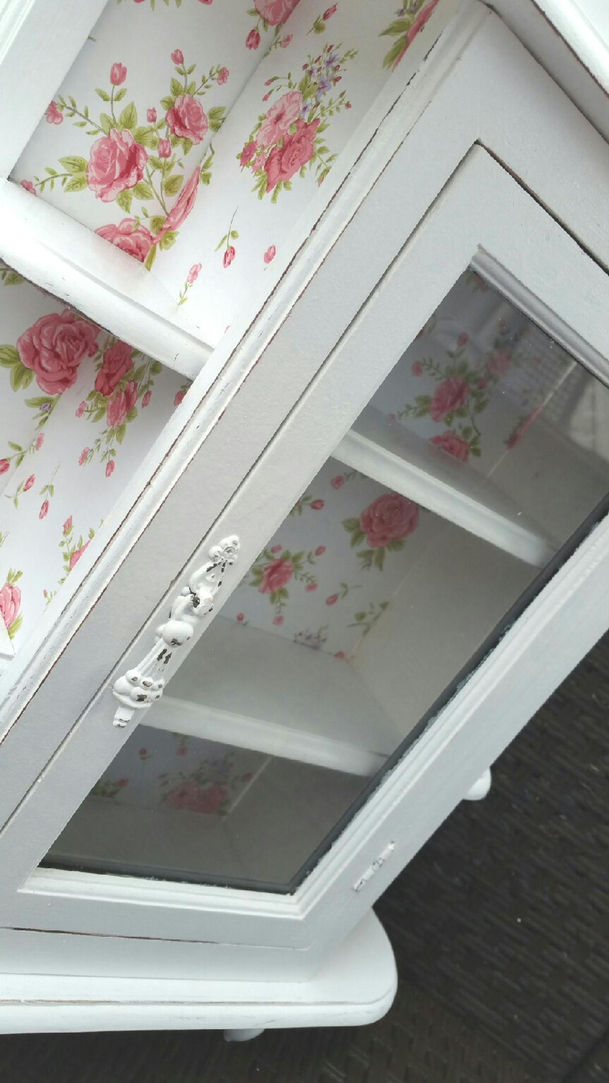 Shabby Chic Cuxhaven Süße Vitrine Shabby Chic Weiß Rosen In 27478 Cuxhaven For