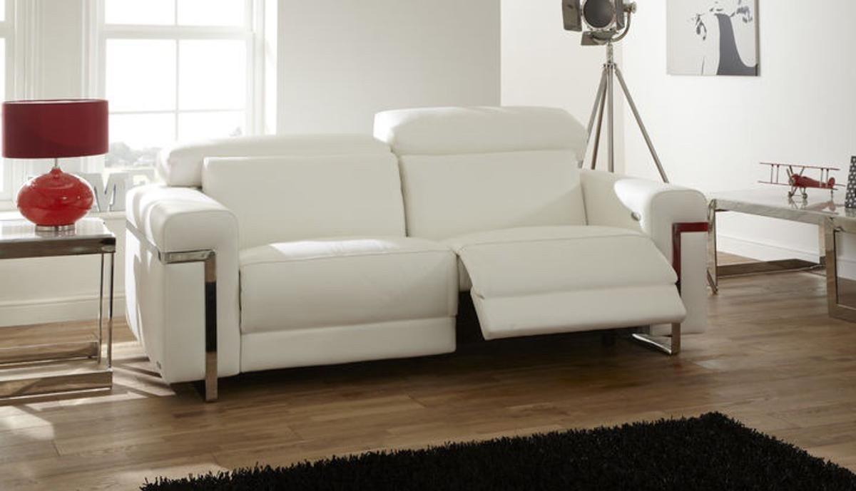 Auto Couch Sisi Italian White Leather Auto Recliner In M26 Bury For 385 00