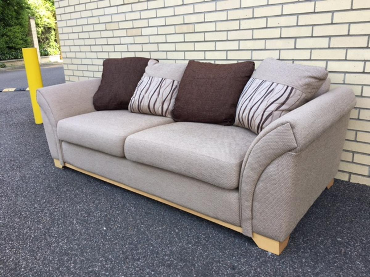 Ex Display Sofa Ex Display Dfs Cream 3 Seater Fabric Sofa In Co2 Colchester For