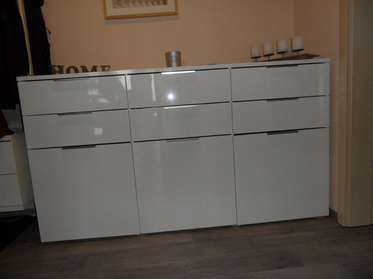 Kommode Sideboard Weiß Hochglanz 1 80 Cm In 97534 Waigolshausen For 50 00 For Sale Shpock