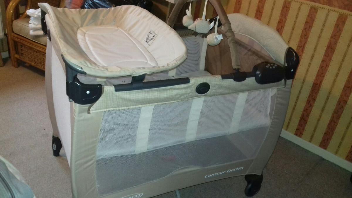 Graco Newborn Bassinet Graco Contour Electra Travel Cot In Ws15 Rugeley For 40 00
