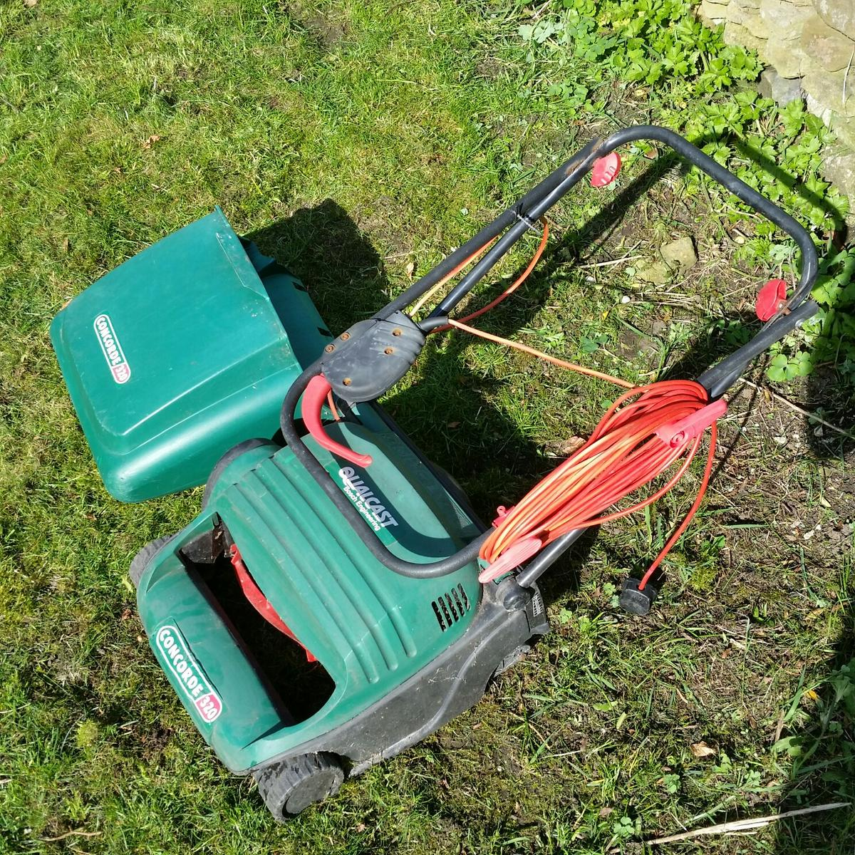 Electric Lawn Mower Sale Qualcast Concorde 320 Electric Lawn Mower In S33 Walk For 25 00
