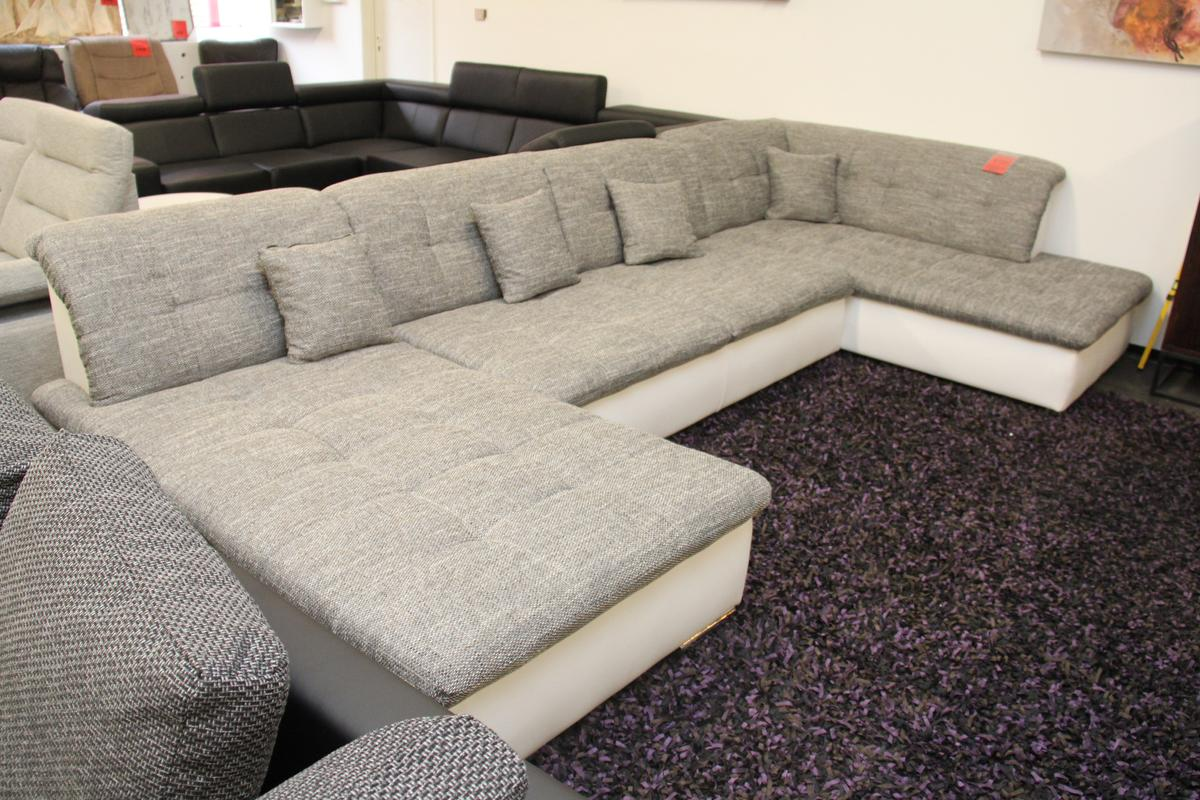 Wohnlandschaft Couch Sofa Grau Weiß U Form In 49084 Osnabrück For 799 00 For Sale Shpock