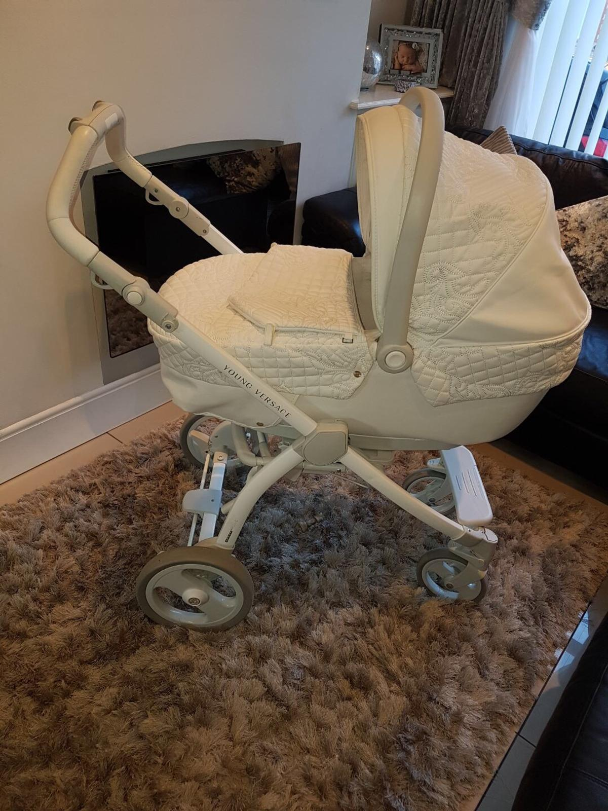 Young Versace Baby White Stroller And Travel Set Versace Stroller Off 50 Xyft Blog