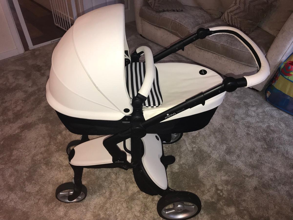 Mima Xari Seat Box 2 Snow-white Mima Xari 3 In 1 Pushchair In Rm17 Chadwell St Mary For