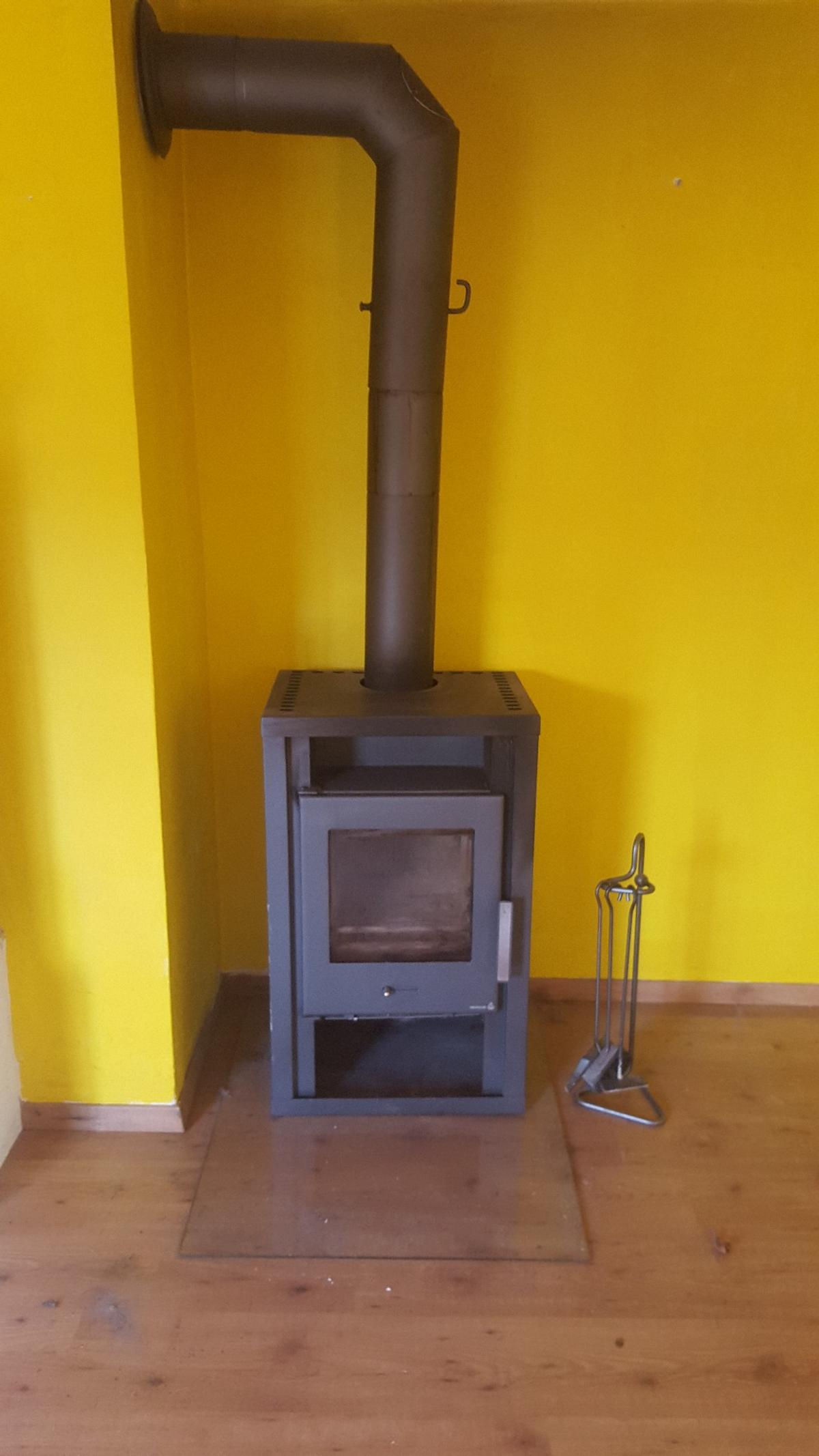 Kleiner Ofen Holzofen In 5162 Obertrum Am See For €150.00 For Sale | Shpock