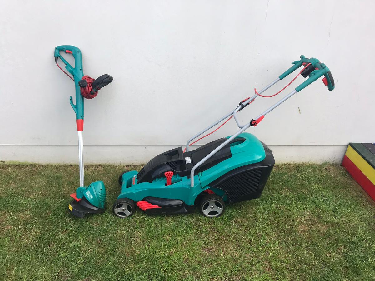 Bosch Rotak 40 Bosch Lawnmower And Trimmer In Da16 Bexley For 90 00 For Sale