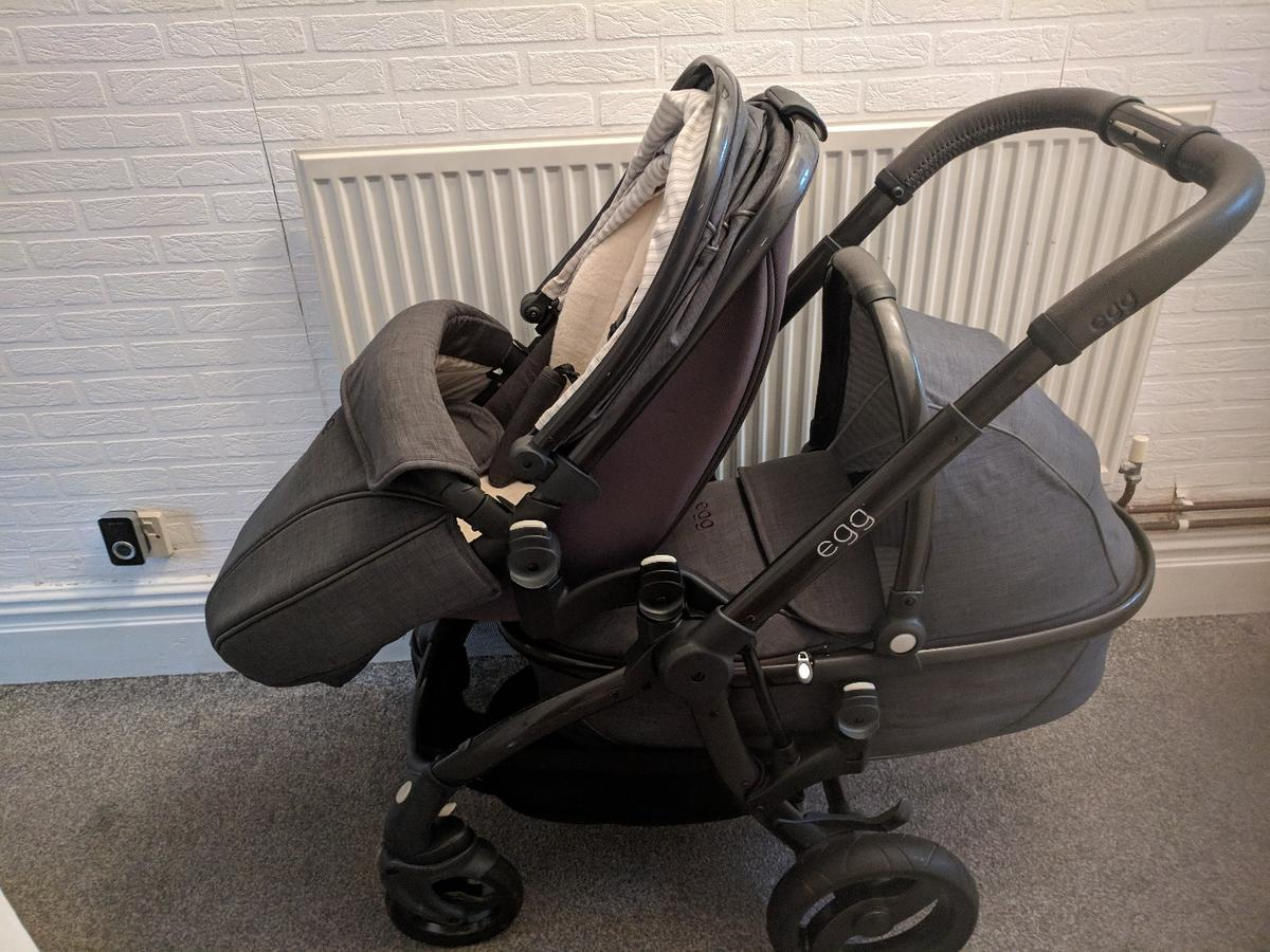 Egg Pram Gunmetal Egg Pram In Bb1 Hyndburn For 550 00 For Sale Shpock