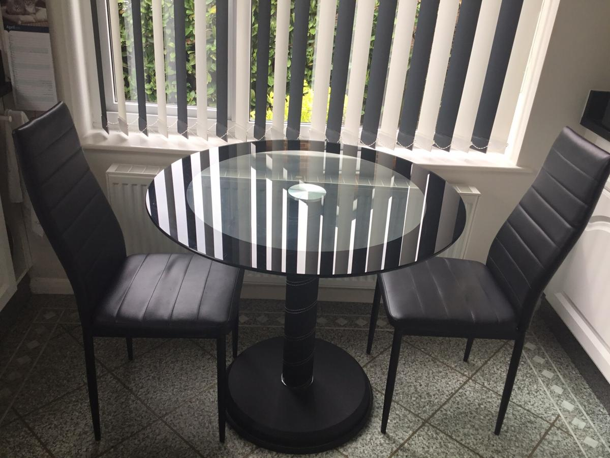 Round Glass Top Dining Table Round Glass Top Dining Table