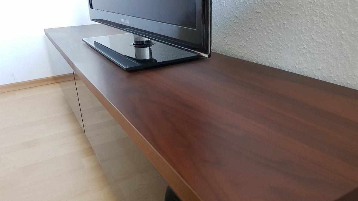 Poco Glas Couchtisch Tv Lowboard Massiv/glas In 27751 Iprump/stickgras For €130