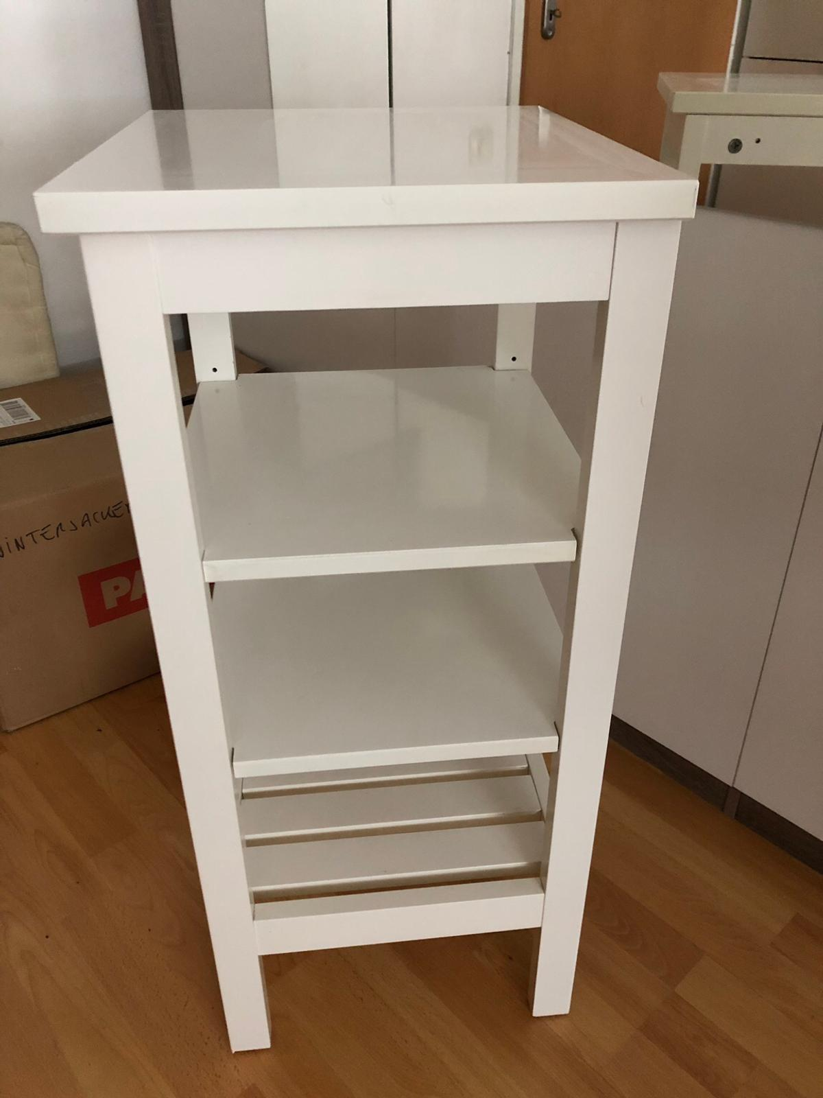 Ikea Hemnes Bad Regal Badezimmer In 6020 Innsbruck For 25 00 For Sale Shpock