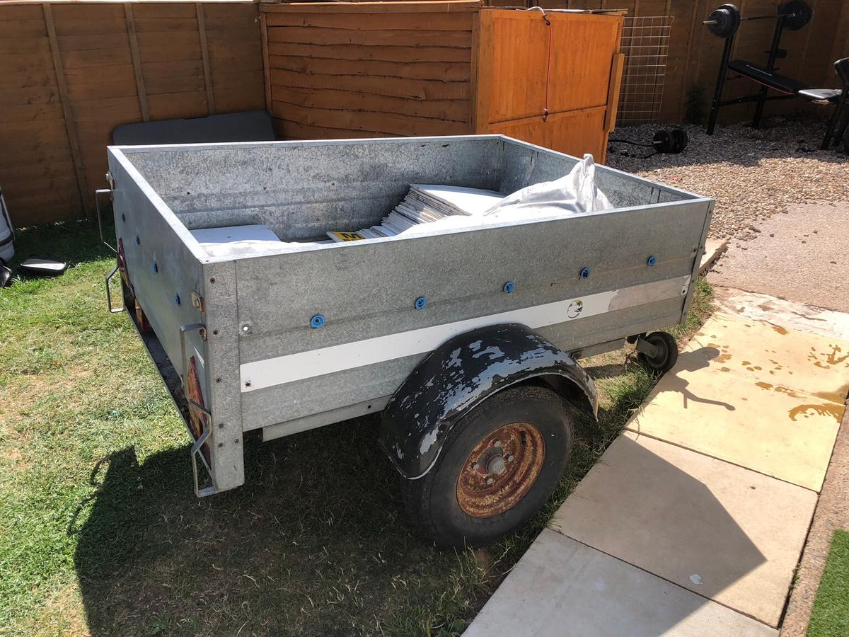 Towable Trailer In Somerset West And Taunton For 100 00 For Sale - Boot Trailer