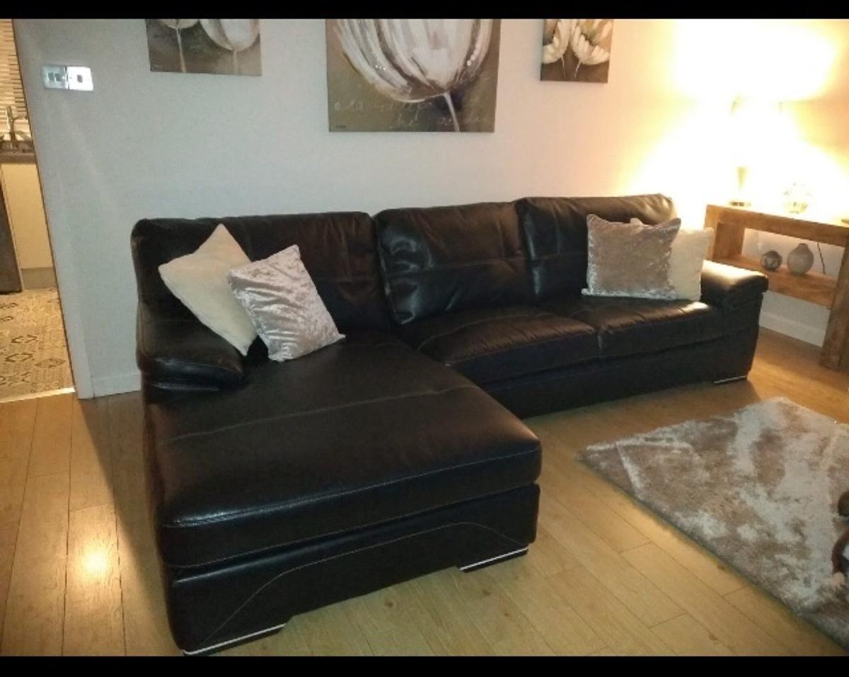 Black Leather Sofa And Chair In For 400 00 For Sale Shpock
