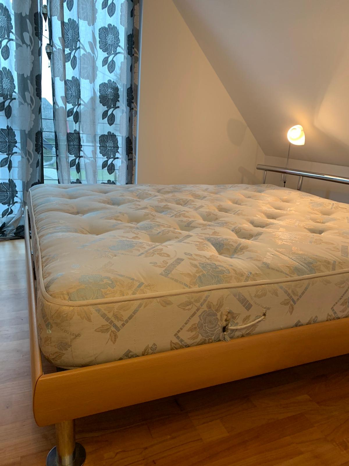 Bett 1 8 X 2 M In Montabaur For 60 00 For Sale Shpock