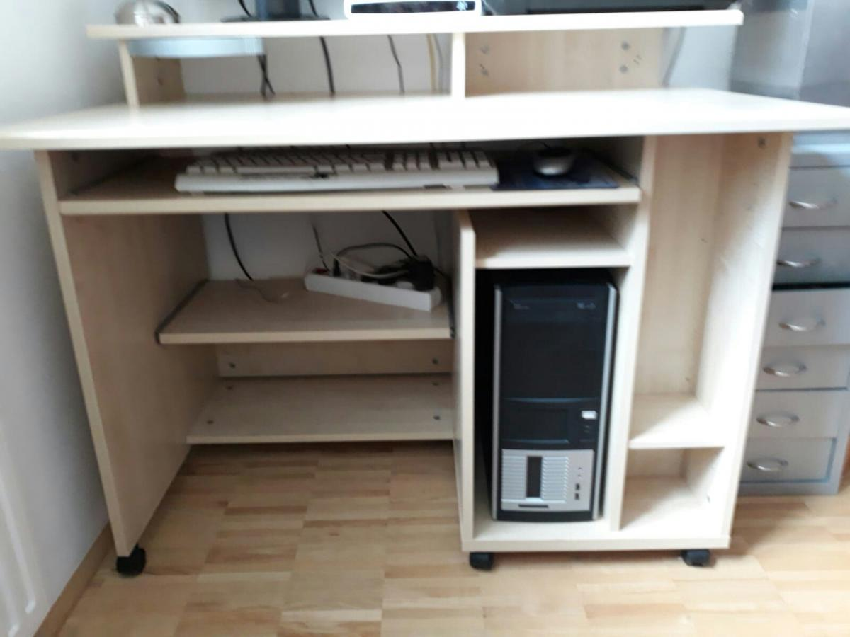 Computertisch In 5280 Braunau Am Inn For 40 00 For Sale Shpock