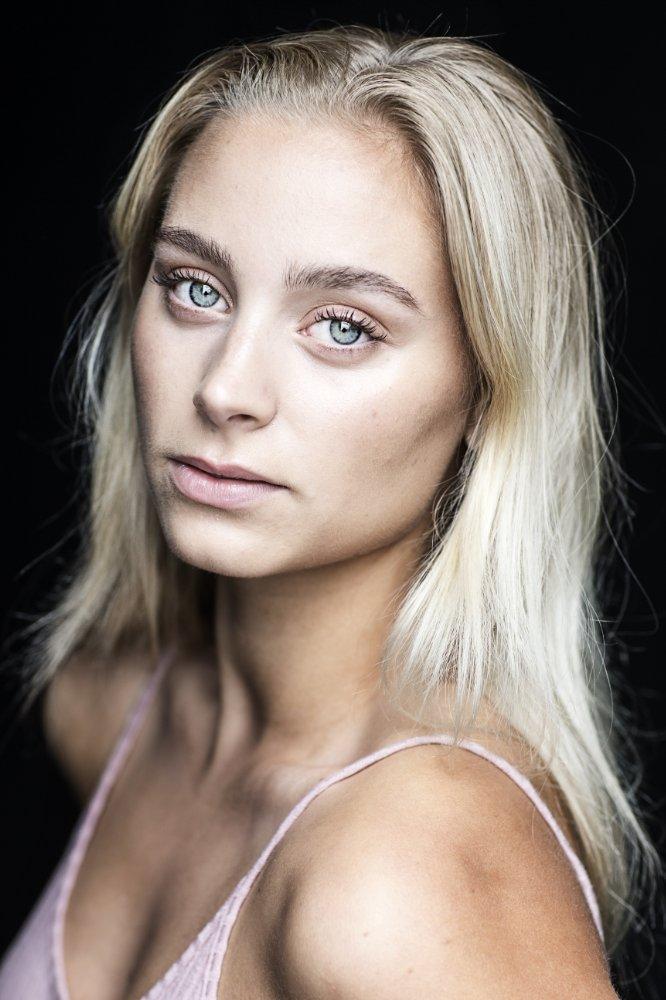 Ida Nielsen Nude Photos 1
