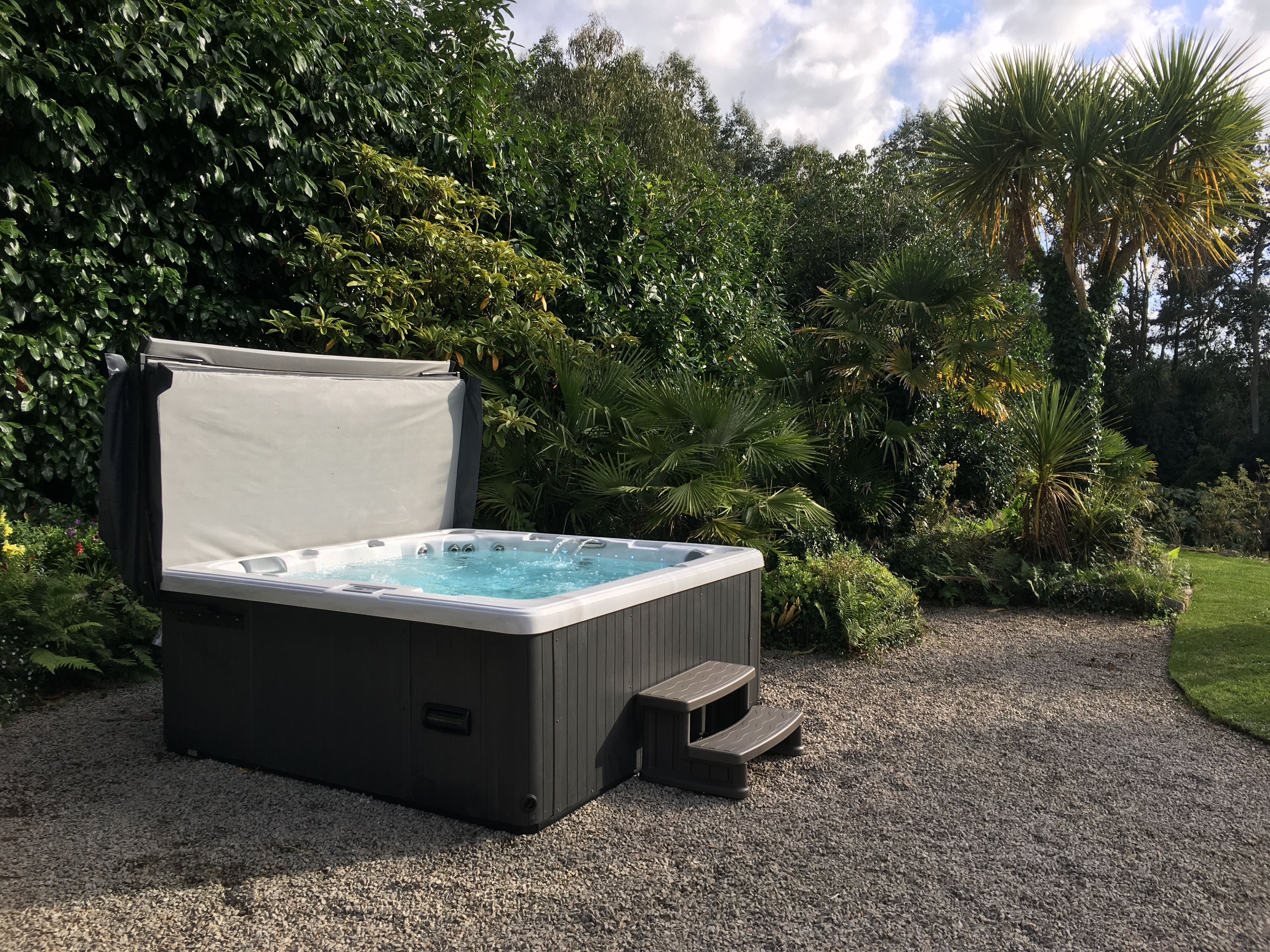 Jacuzzi Pool Equipment Webster Pools Spas The Best Swimming Pool Builders In The Uk