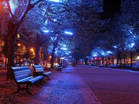 Stress Girl Wallpaper Blue Light Special Colored Streetlamps Precede Decline In