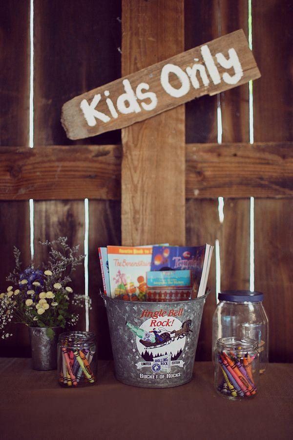 DIY Kids Table at wedding
