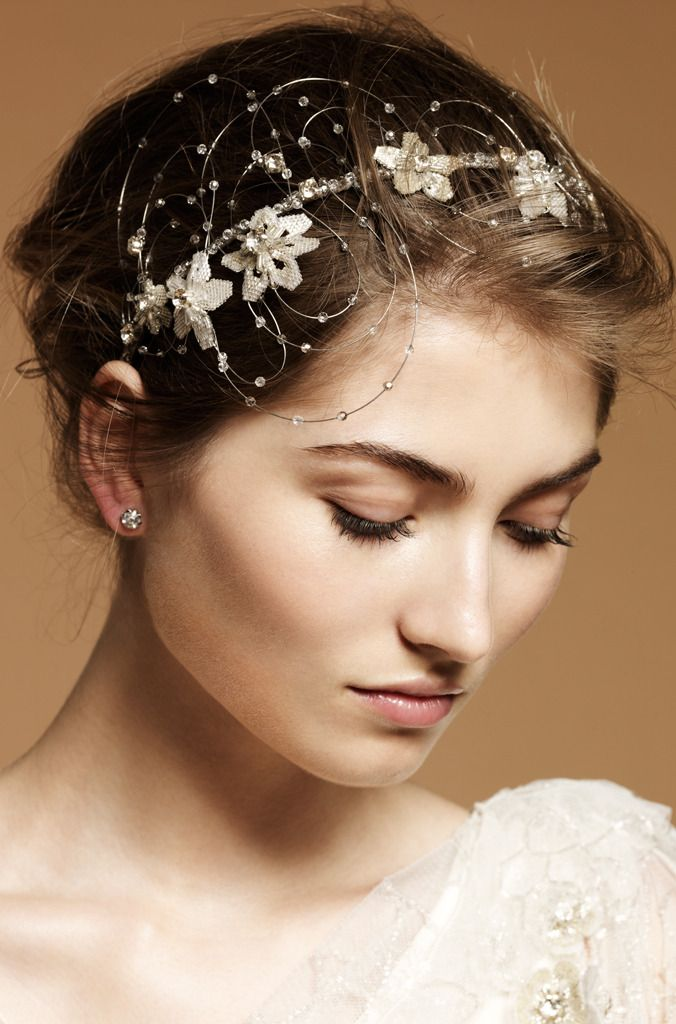 Hair Accessories For A Wedding