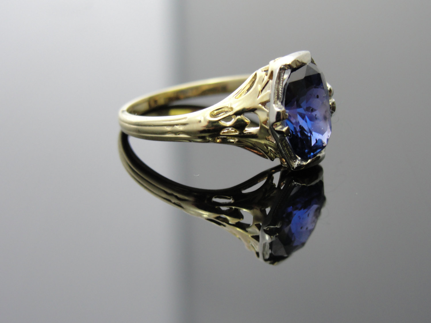 art deco wedding rings art deco wedding band Light Blue Sapphire Halo Engagement Rings Art nouveau blue sapphire