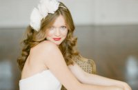 loose waves wedding hair red lips | OneWed.com