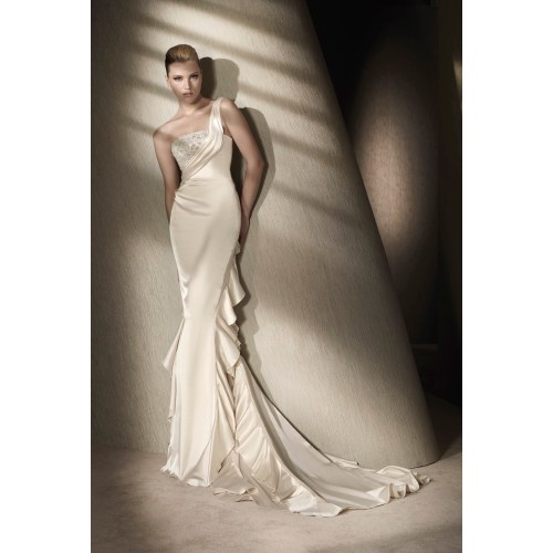 Medium Crop Of Silk Wedding Dresses
