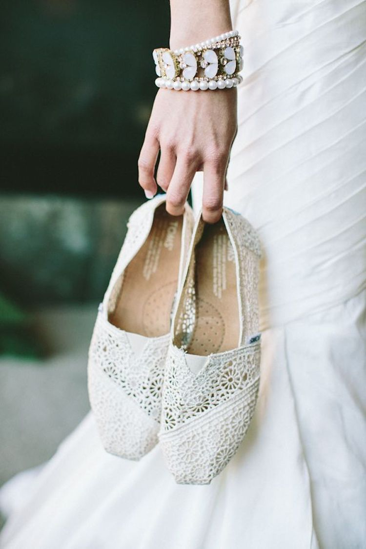 casual and chic ivory toms wedding shoes wedge peep toes and flat closed toe bridal shoes toms wedding shoes Casual and chic ivory TOMS wedding shoes wedge peep toes and flat closed toe bridal shoes