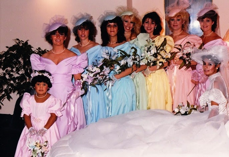 bad bridesmaid style ugly bridal party photos wedding fun bridesmaids
